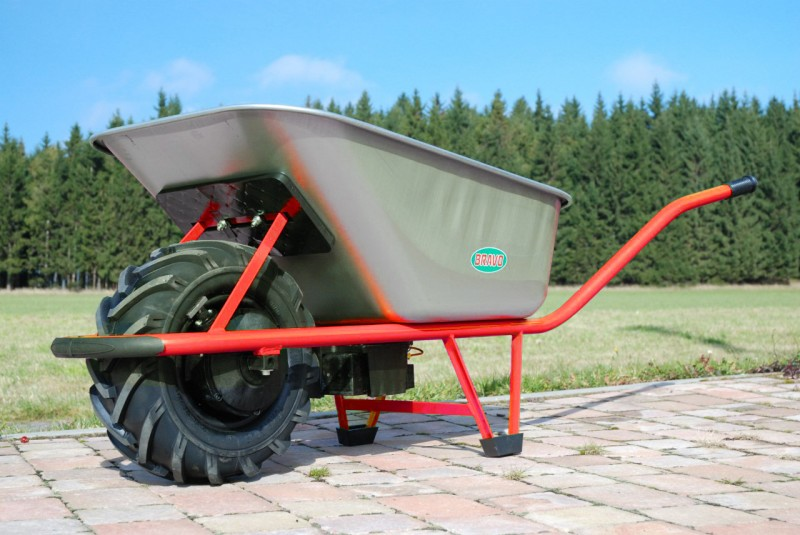 Isolit-Bravo Motúčko POWER s pozinkovanou korbou 1 mm a brzdou
